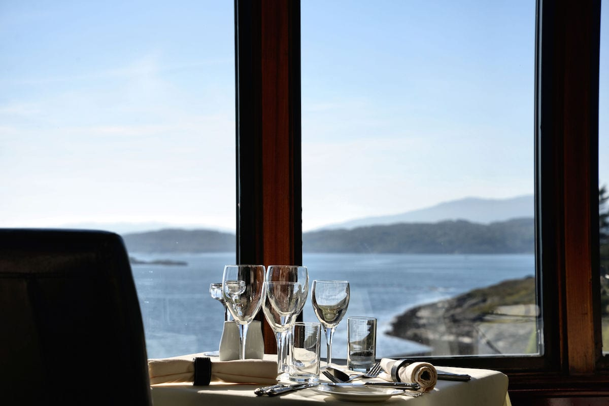Restaurant view to sea